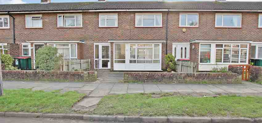 For Sale : Tilgate, Crawley